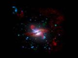 Обследована галактика каннибал с мощным пылающим сердцем