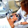 Косметологи должны лечить бесплатно