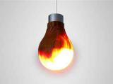 Японский дизайнер создал лампочку из дерева