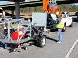 Автоматизированная система обнаруживает и заполняет трещины в асфальте на дорогах