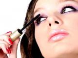 Ученые подсчитали,сколько времени уходит у женщин на наложение макияжа