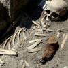 В Болгарии найдены ещё два скелета вампиров, миф превращается в реальность