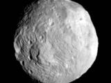 Астероид 2012 QG42 пролетит рядом с Землей