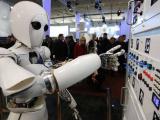 Женщина-робот AILA получила сенсорные пальцы