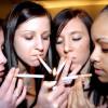 Медики: даже незначительное курение повышают риск артрита