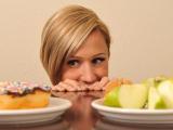 Медики: Лишний вес способен изменить характер человека