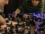 Больше точности от меньшей предсказуемости: новый квантовый компромисс