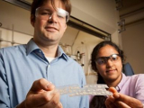 Мерцающий полимер обнаруживает взрывчатые вещества