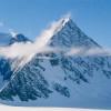В Антарктиде ученые обнаружили три загадочные пирамиды