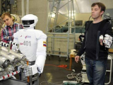 Для работы на МКС готовят робота SAR-401
