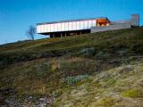 Компания PK Arkitektar создала проект современного стеклянного дома