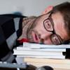 Японские ученые создали очки для определения уровня усталости человека