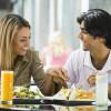 Синий свет положительно влияет на аппетит человека