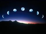 Вокруг земли нашлось множество лун.