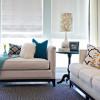 Кушетка – актуальный элемент домашнего интерьера.