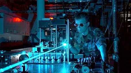 Новый лазер будет удалять сорняки с полей
