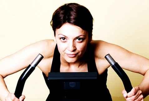 С virtual pal, женщины тренируются с двойной отдачей