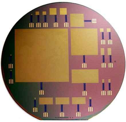 Создан микрочип,питающийся спинномозговой жидкостью
