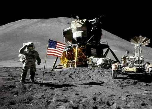 Один из шести флагов США пропал с поверхности Луны