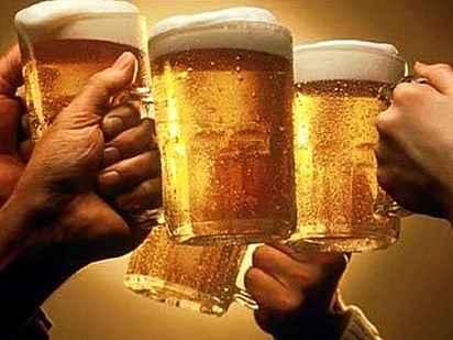 Ученые:пиво быстрее пьется из кружек неправильной формы