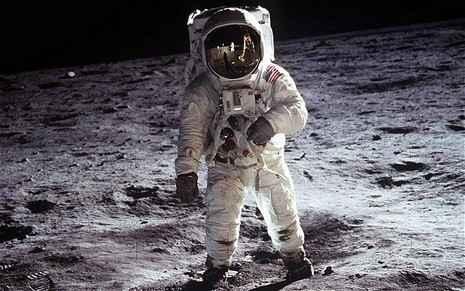 Ученые изучили сухость Луны