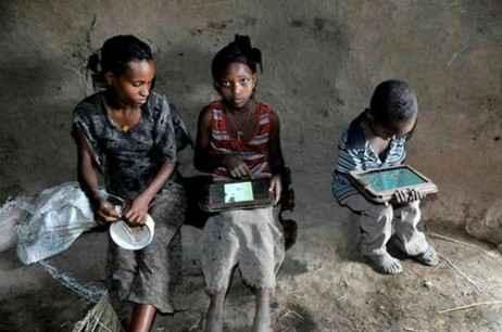 Эфиопские дети взломали планшет Motorola Xoom