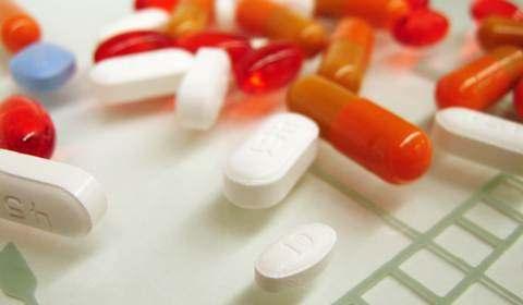 Смертность от передозировки женщинами анальгетиков возросла в 5 раз