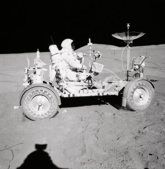 Американский астронавт назвал новые дату начала колонизации Марса.